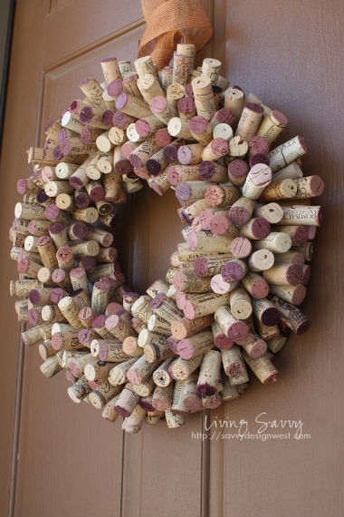 Top 10 Christmas Wreath Ideas - including this cork wreath! kellyelko.com