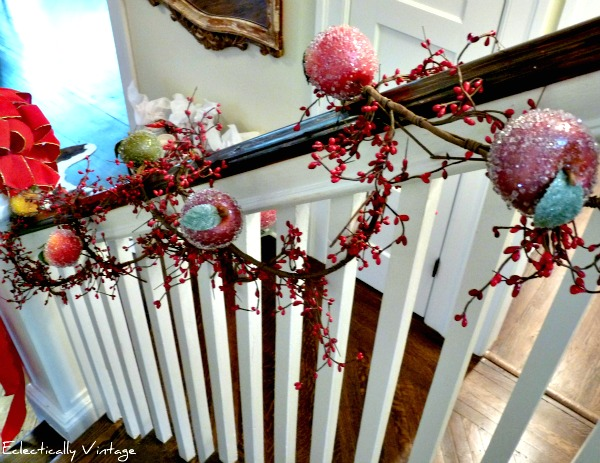 Christmas banister decorations with sugared fruit - get this look kellyelko.com