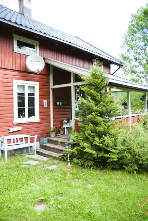 Cottage of Vinnord mudroom tour kellyelko.com