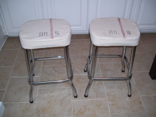 DIY slipcovered stools - love the grain sack stripe