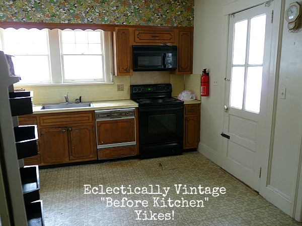 Before - you've got to see after of this farmhouse kitchen! eclecticallyvintage.com