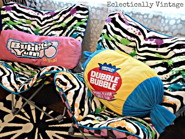 Fun candy pillows! kellyelko.com