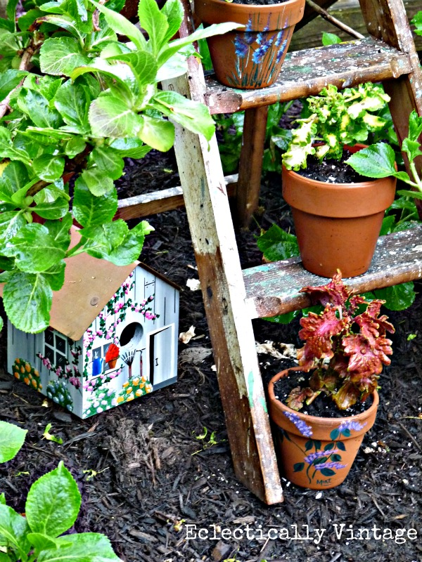 Old ladder ideas - make a birdbath!  eclecticallyvintage.com
