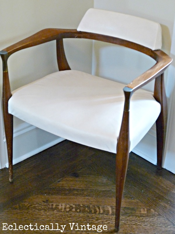 Mid century chair in a beautiful foyer - kellyelko.com