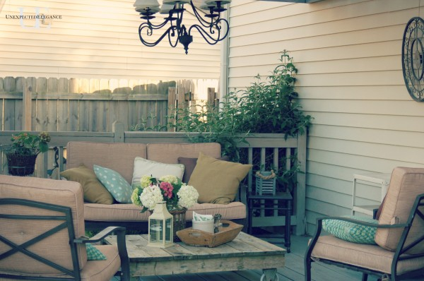 Farmhouse Industrial House Tour - the perfect mix.  Including the perfect patio with a DIY pallet coffee table..