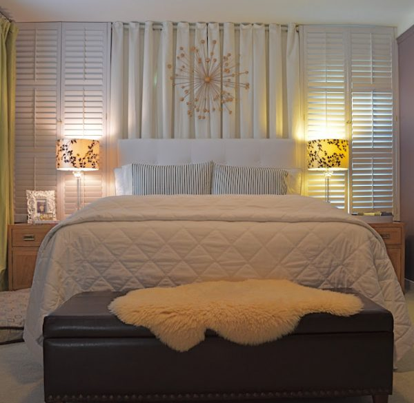Gorgeous home tour - including this tranquil bedroom!  kellyelko.com