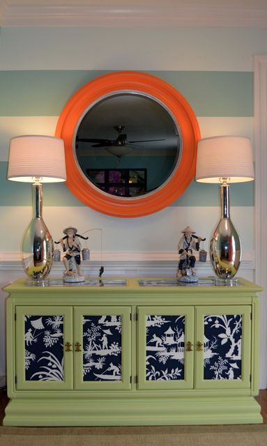 Gorgeous home tour - including this gorgeous use of color!  eclecticallyvintage.com