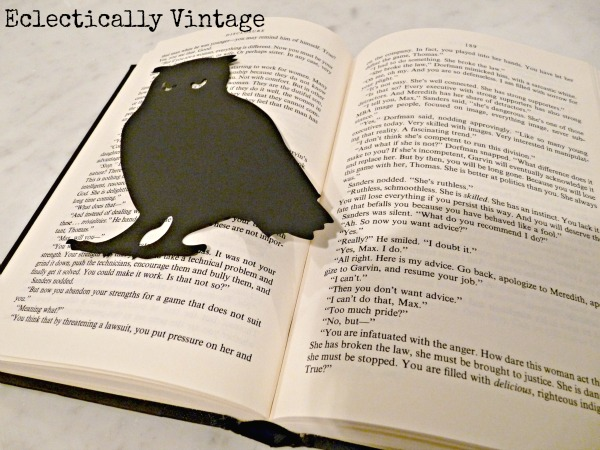 How to make a book page pop up.  eclecticallyvintage.com