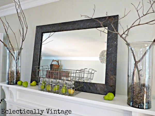 simple fall mantel decorating ideas - this is gorgeous!
