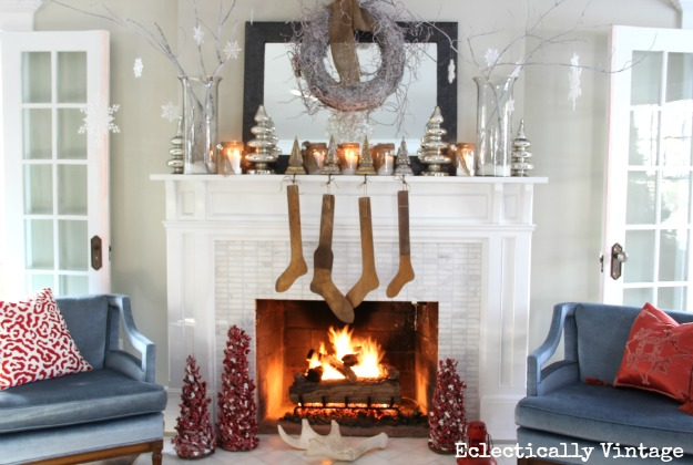 how to decorating a christmas mantel