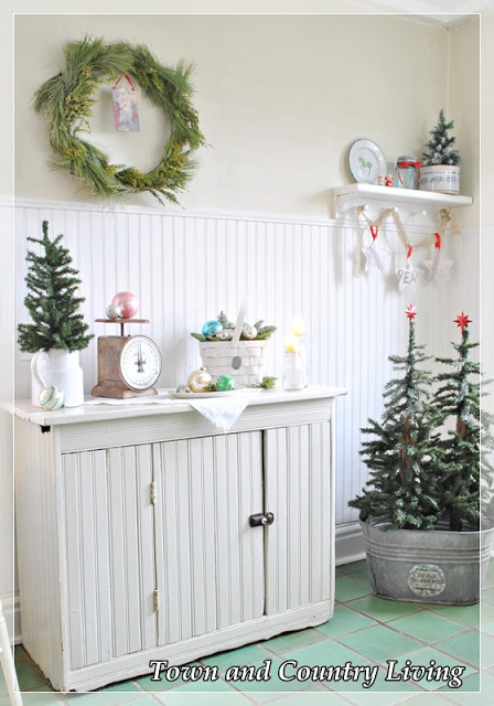 Christmas in the Kitchen - part of a beautiful house tour