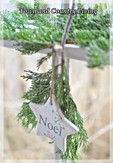 Simple Christmas Greenery