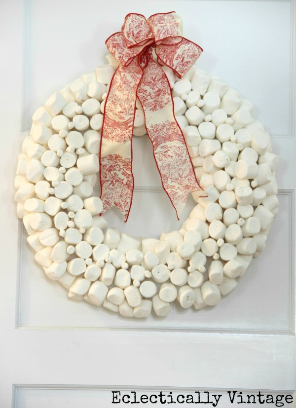 Christmas House Tours - step inside this 100 year old home filled with tons of fabulous decorating ideas like this marshmallow wreath!  kellyelko.com