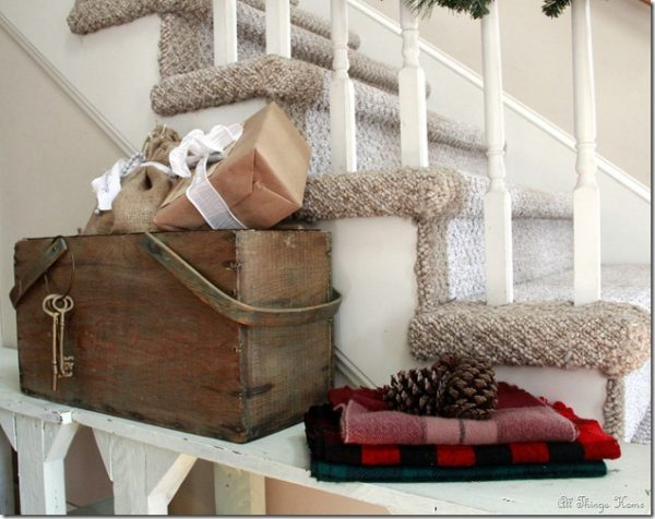 Vintage Christmas House Tour - love the rustic charm