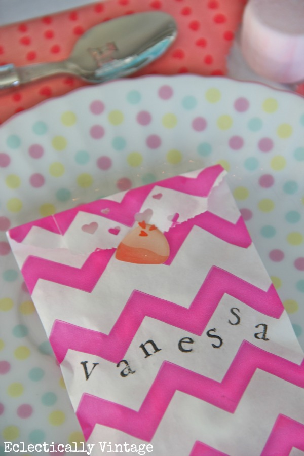 Valentine goody bags eclecticallyvintage.com