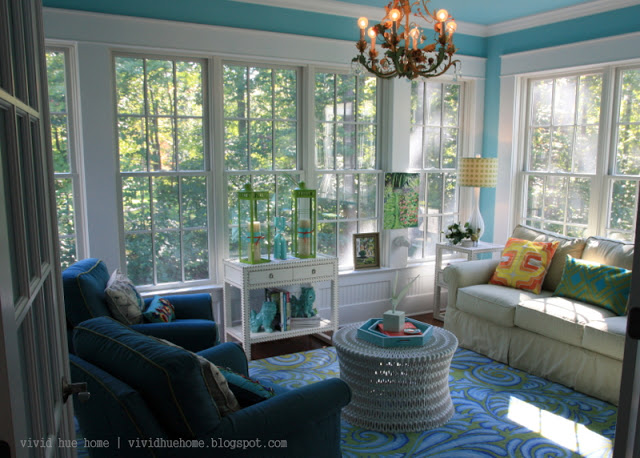 Vivid Home Tour   She Knows How To Use Color!