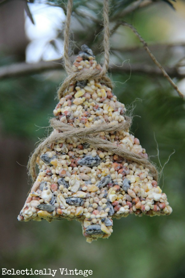 Make your own birdseed ornaments - the birds will flock to your yard!  kellyelko.com