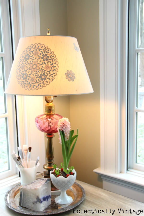 DIY Gilded Reverse Stencil Lampshade - positively glowing!  kellyelko.com