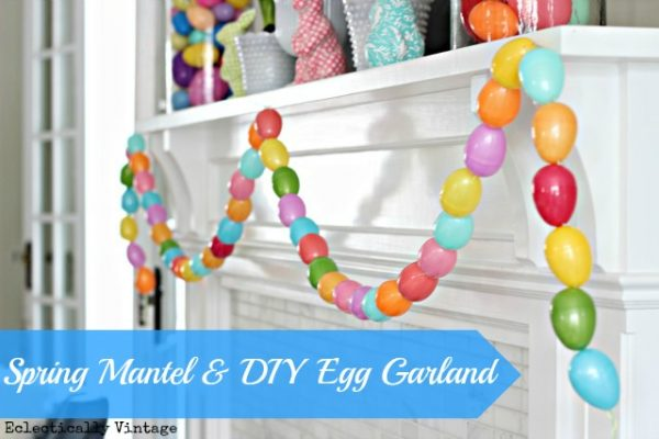 Make an Easter Egg Garland - so fun! kellyelko.com #spring #springcrafts #easter #eastercrafts #kidscrafts #crafting #crafts #diyideas #diyprojects #springmantel #springdecor