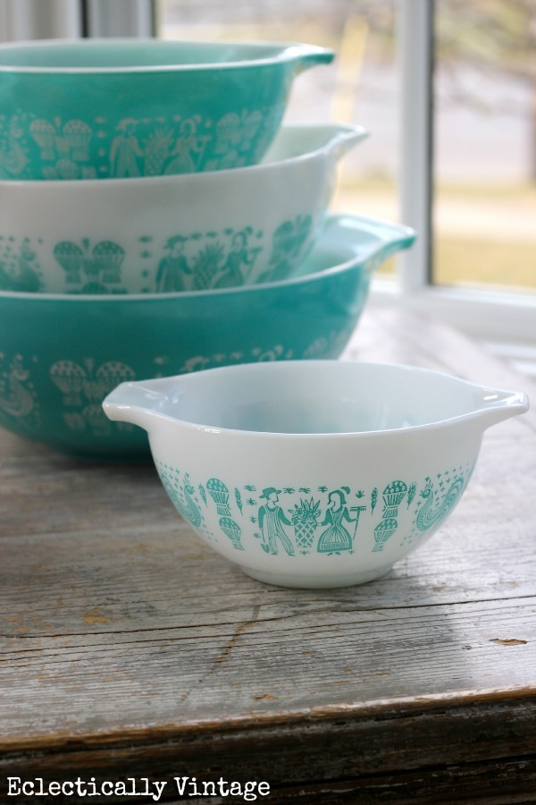 I Scored at the Thrift Store - Vintage Pyrex is Reunited! - Kelly Elko