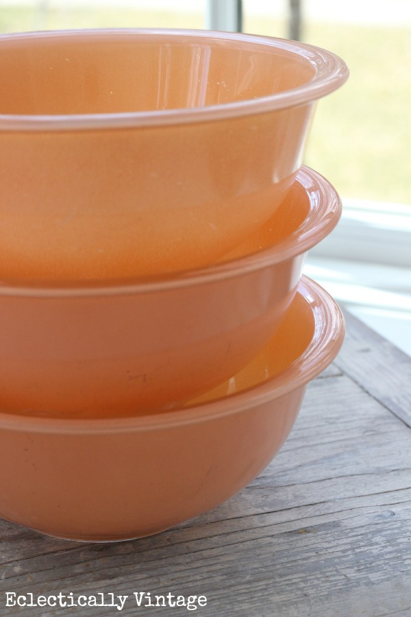 Eclectically Vintage Pyrex peach mixing bowls thrift