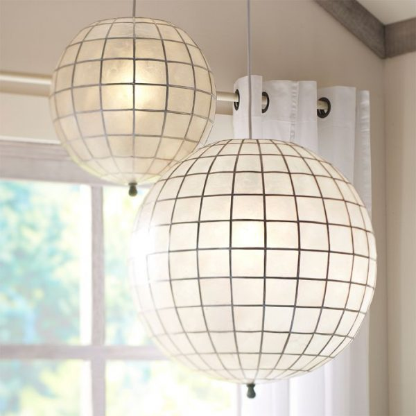 Pottery Barn Teen Faceted Capiz Light via Eclectically Vintage