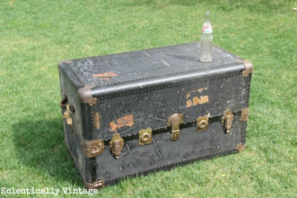 Vintage Steamer Trunk - one of the many fabulous thrift shop finds from eclecticallyvintage.com