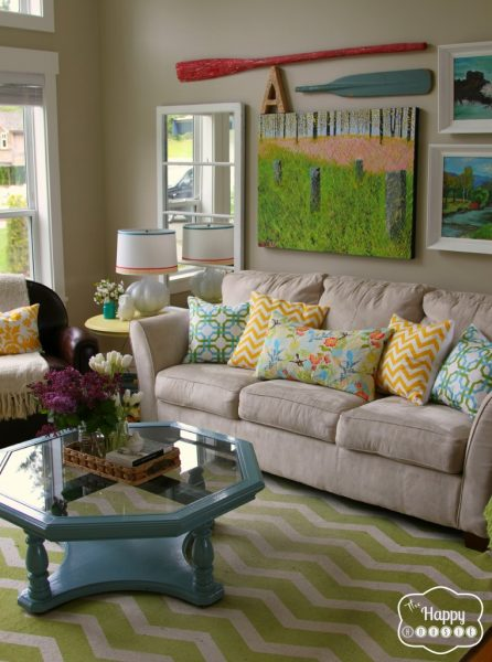 Colorful Lake House tour filled with tons of great DIY ideas!  Love the gallery wall!