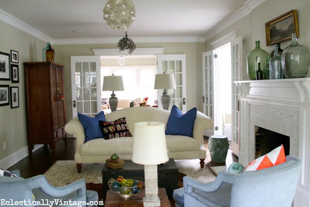 One Room - Styled 3 Different Ways!  No money spent - and the looks are so unique!  Plus - see 6 other rooms doing the same 3 way look!  kellyelko.com