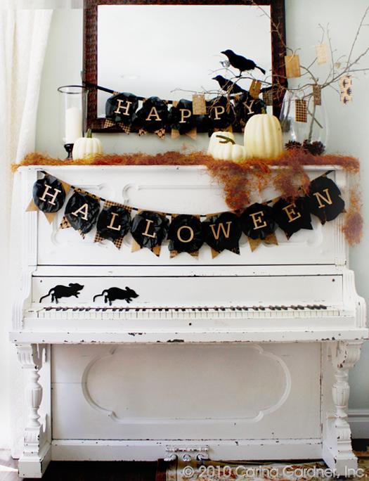Top 10 Halloween Mantel Ideas - I love every single one!  kellyelko.com