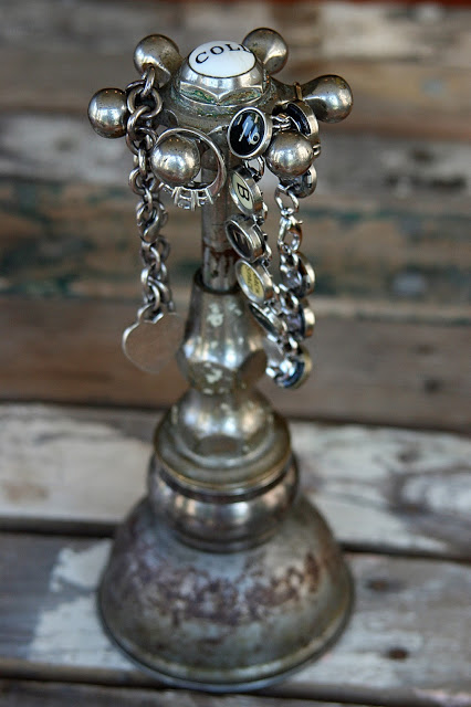 10 Creative Repurposing Ideas - including this faucet jewelry holder!