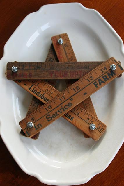 10 Creative Repurposing Ideas - including this mini yardstick star!