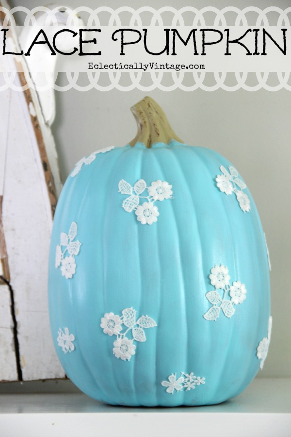 10 Off the Vine Pumpkin Crafts - including this lace pumpkin!  kellyelko.com