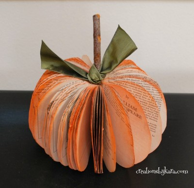 10 Off the Vine Pumpkin Crafts - including this book page pumpkin!  kellyelko.com