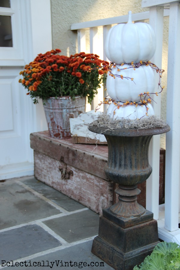 #Fall Porch filled with great ideas like this pumpkin topiary kellyelko.com