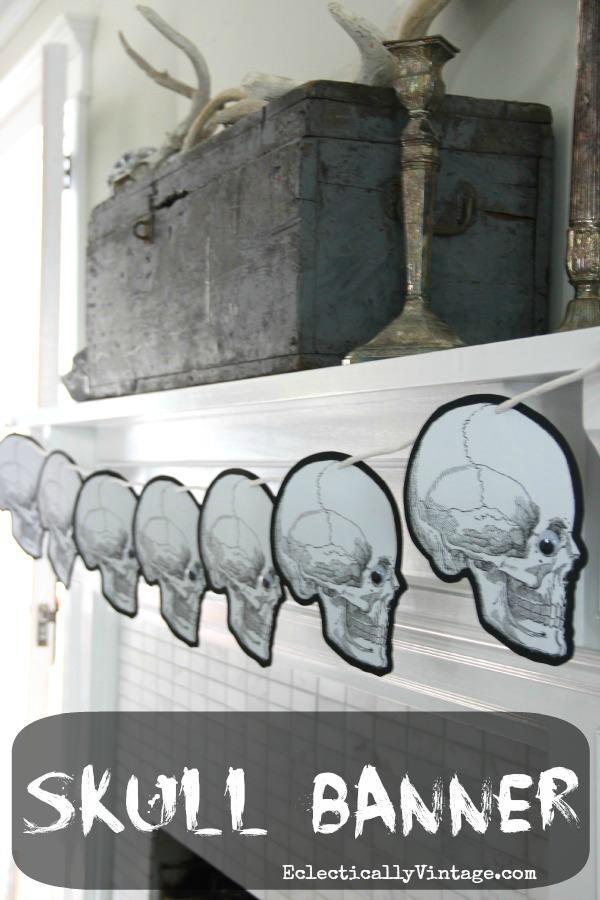 Halloween skull banner with FREE printable!  kellyelko.com