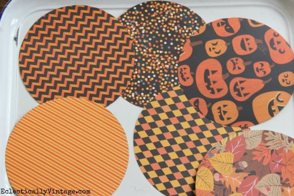 Paper Circles - see how to turn them into the cutest 3D Paper Pumpkins!  eclecticallyvintage.com