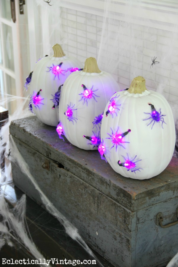 #Halloween DIY #Pumpkin Lights - see how to make these unique pumpkins!  kellyelko.com