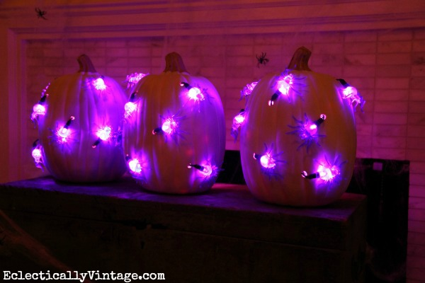 DIY Light Up #Pumpkins - so cool!   See how to make them at eclecticallyvintage.com