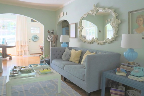 Serene living room - love the colors eclecticallyvintage.com