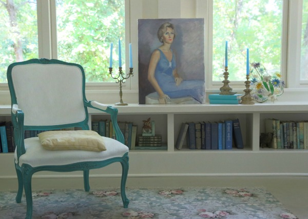 Window Bookcase - great use of space