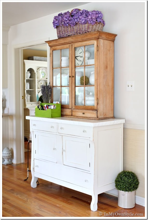 In My Own Style House Tour - tons of DIY ideas anyone can do!  eclecticallyvintage.com