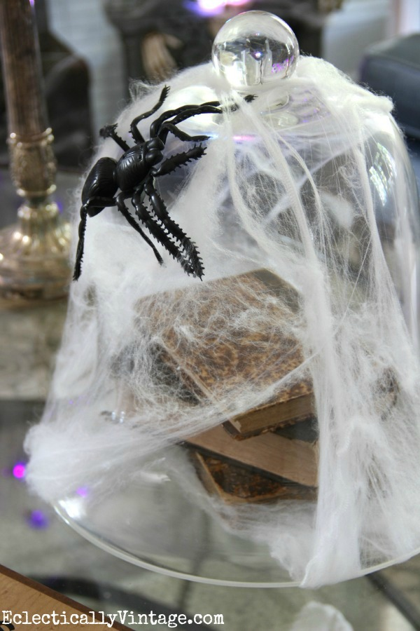 Halloween spider cloche eclecticallyvintage.com