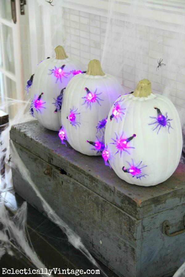 Spider Pumpkin Lights - what a cool idea kellyelko.com