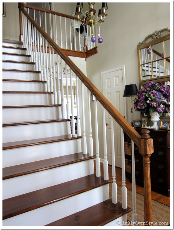How to refinish stairs (and remove the ugly carpet)