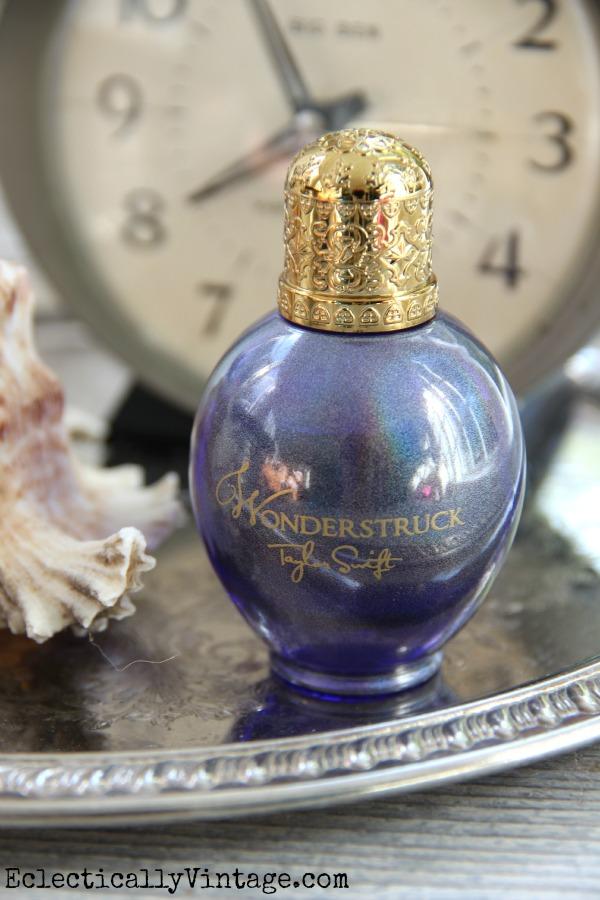 #ad Perfect holiday gift - perfume kellyelko.com #shop #cbias #socialfabric