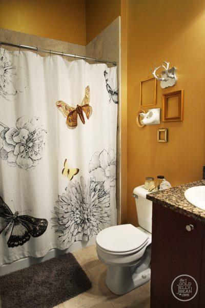 Fun bathroom - love the butterflies kellyelko.com