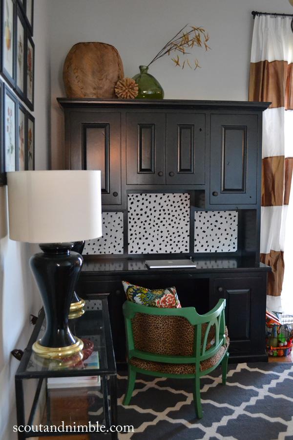 DIY Corkboard - what a fun pattern!  kellyelko.com