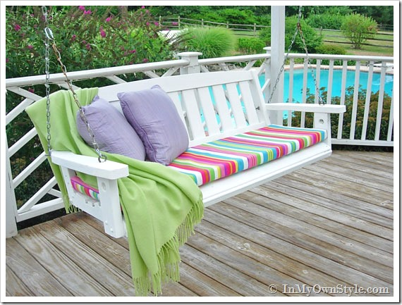 Porch swing - love the seat cushion