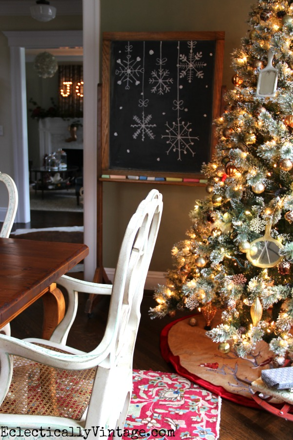 Glam Christmas tree in the dining room eclecticallyvintage.com